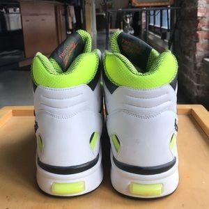 Reebok Shoes - Reebok Twilight Zone Pump 90  a112f9da3